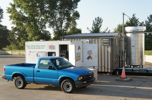 dane-co-truck-fueling-in-fron-of-trailer